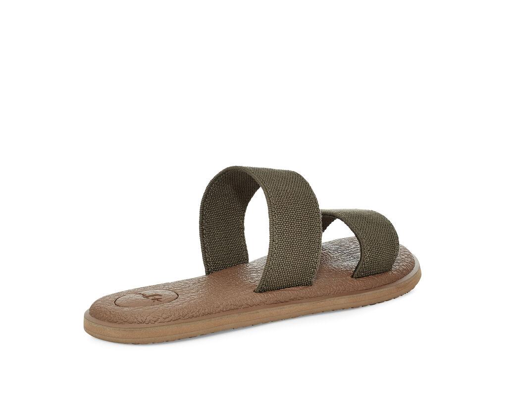 Yoga Gora