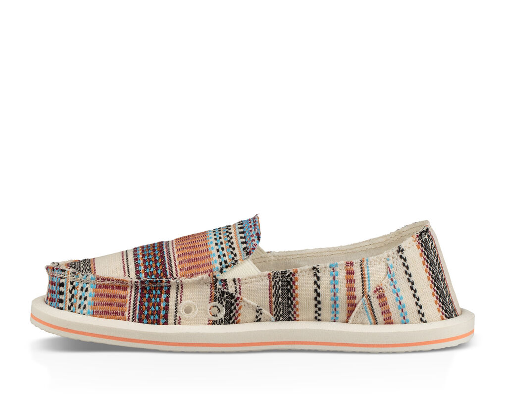 Donna Tribal