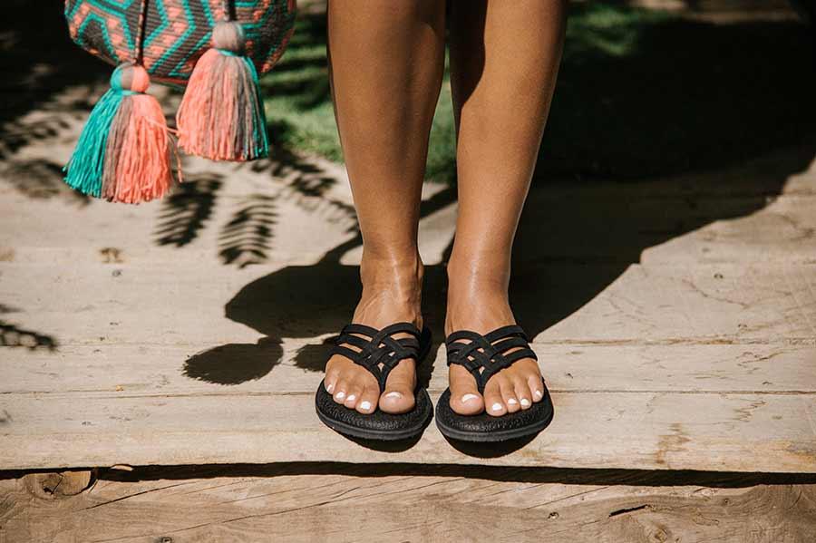 sanuk yoga flip flops