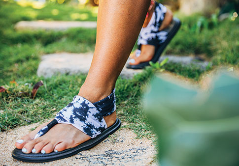 c95cd7d1b5b8 Women s Yoga Sling 2 Prints Sandals