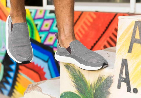 Sanuk Chiba Quest Slip On Sneaker(Men's) -Grey Canvas Buy Cheap Extremely Good Selling Outlet Online Purchase Cheap Price kSlS5pJ