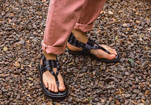 c6bdd11c6ee8 Women s Yoga Sling 2 Prints Sandals