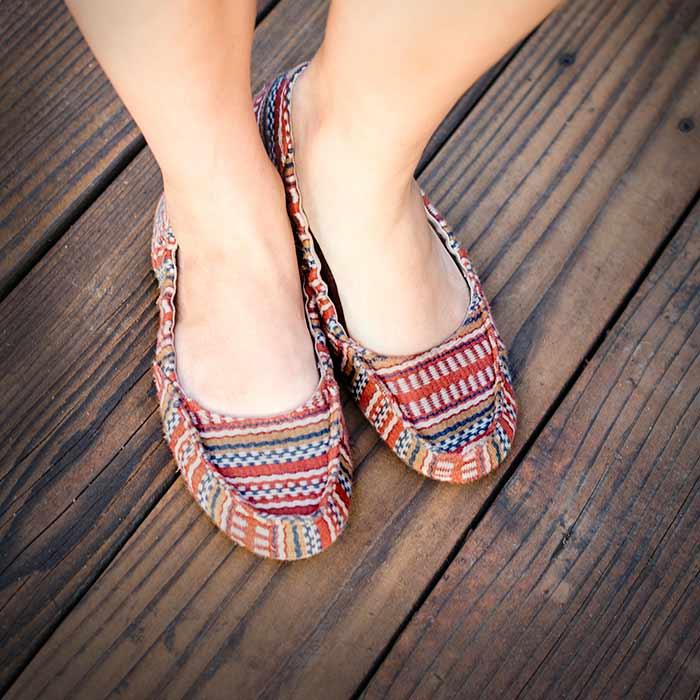 womens bold-prints shoes